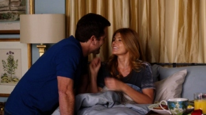 Deacon brings Rayna Breakfast to Bed
