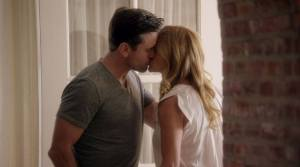 rayna-deacon-kiss-s5